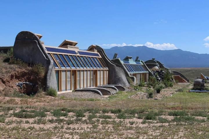 Earthship Tour andTravels